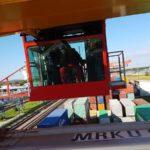 Sonnerschutzfolien am Containerkran